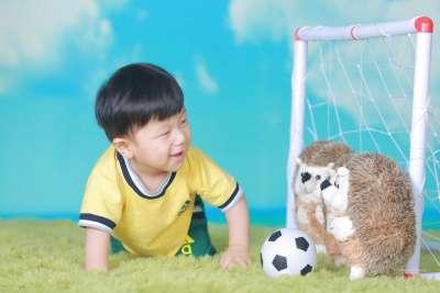 be yeu da bong Concept Chụp Hình Cho Bé Mùa World Cup 2018 IMG 9168 400x267